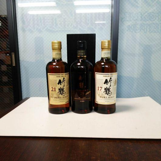 ニッカのウイスキー 竹鶴25、21、17 江戸川区からのお買取り